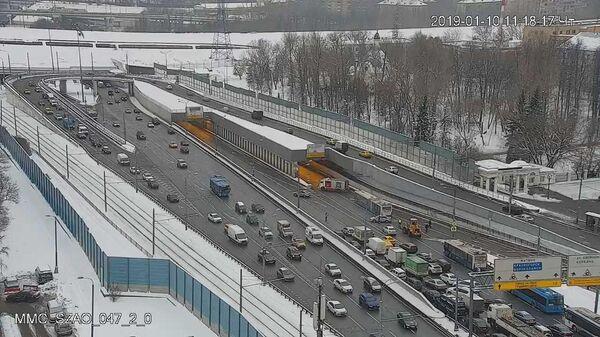 Дорожное движение остановлено в Тушинском тоннеле. 10 января 2019