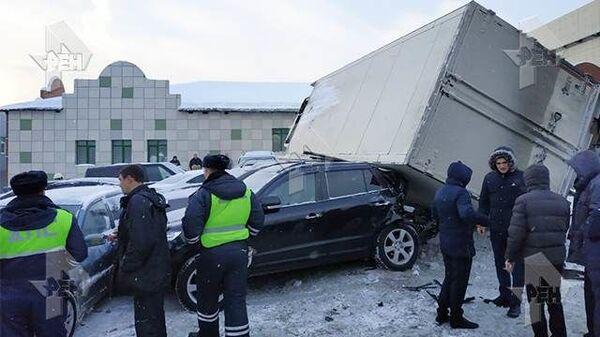 ДТП на 29-м километре МКАД с участием грузового автомобиля. 12 января 2019
