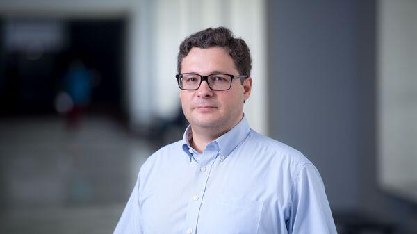 Руководитель научной программы проекта Радиоастрон, заведующий лабораториями ФИАН и МФТИ, член-корреспондент РАН Юрий Ковалев