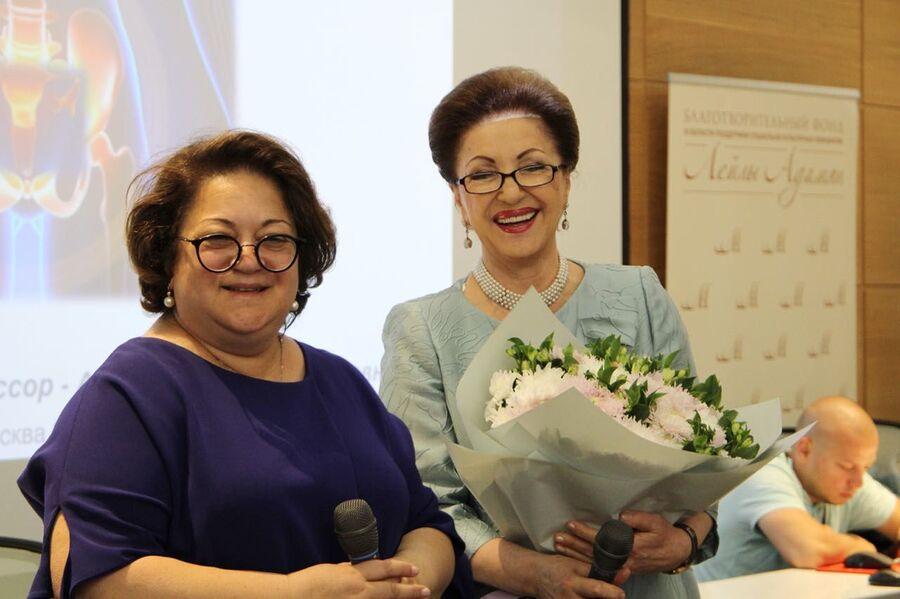 На одном из мероприятий благотворительного фонда Лейлы Адамян