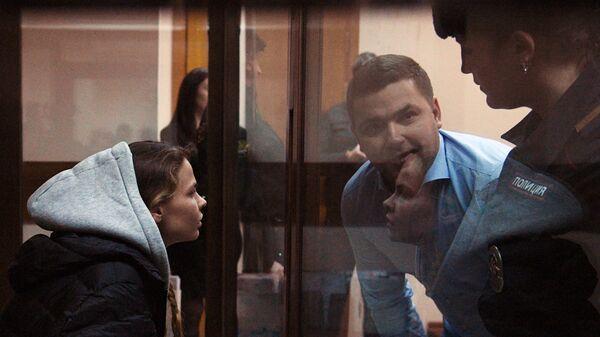 Анастасия Вашукевич (Настя Рыбка) на заседании Нагатинского районного суда Москвы. 19 января 2019