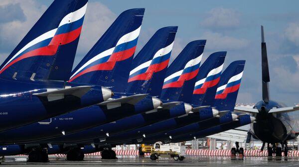 Самолеты в аэропорту Шереметьево