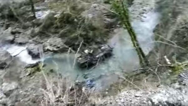 БТР-80 опрокинулся в ущелье в Абхазии