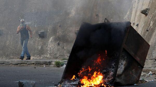 Акция протеста у штаб-квартиры национальной гвардии Венесуэлы в Каракасе. 21 января 2019