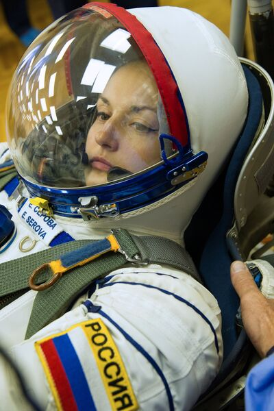 Член основного экипажа транспортного пилотируемого корабля Союз ТМА-14М космонавт Роскосмоса Елена Серова