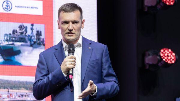 Генеральный директор концерна Калашников Владимир Дмитриев