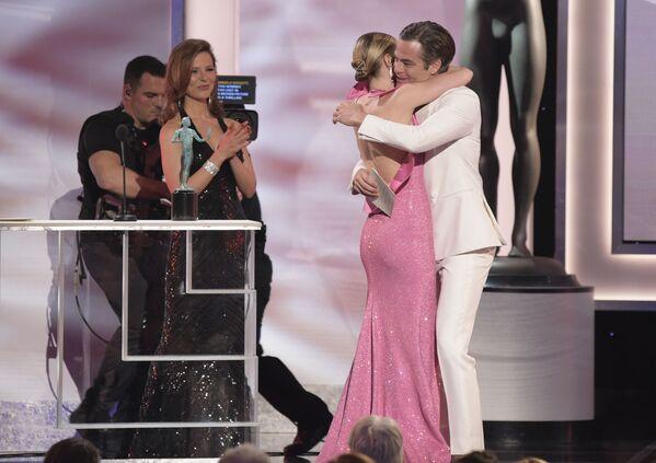 Крис Пайн и Эмили Блант на церемонии вручении премии Гильдии киноактеров США