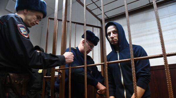 Денис Чуприков, подозреваемый в краже картины художника Архипа Куинджи из Третьяковской галереи, в Таганском районном суде