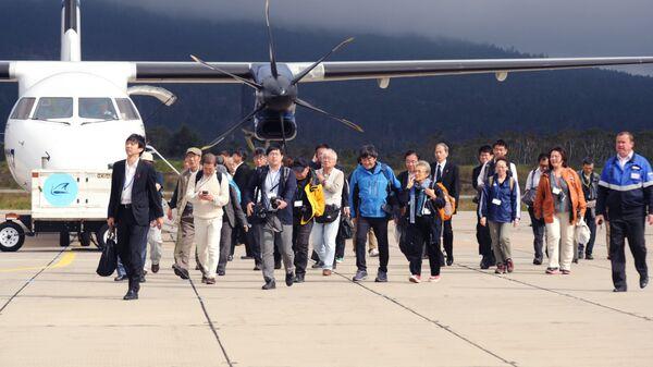 Японские туристы на острове Кунашир