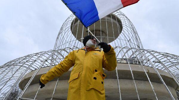 Вице-премьер Италии подтвердил планы добиться отмены санкций противРФ