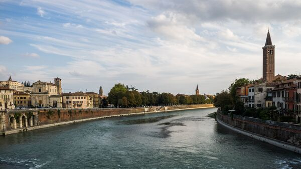 Река Адидже в Вероне