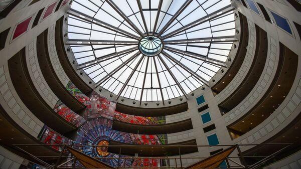 Интерьер здания Европейской организации по ядерным исследованиям (CERN) в Женеве