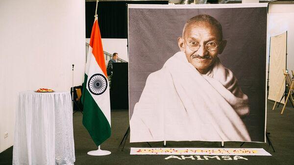 Выставка посвященная Махатме Ганди в Москве