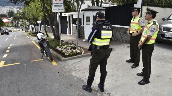 Полиция в городе Кито, Эквадор