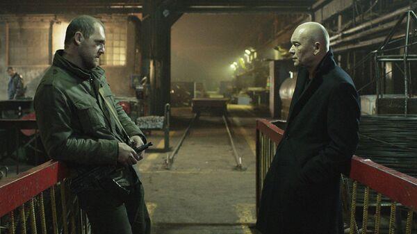 Кадр из фильма Юрия Быкова Завод