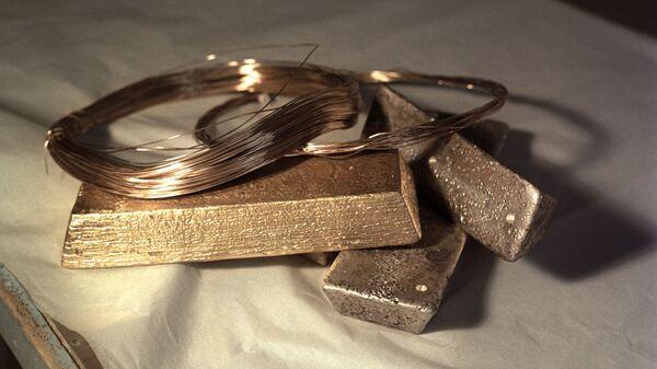 Московский монетный двор. Золото и серебро, используемые в качестве сырья