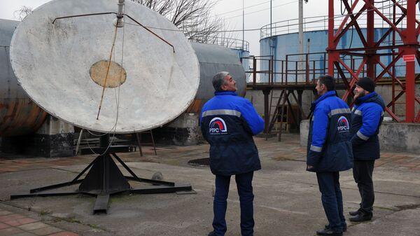 Инженеры радиотелевизионного передающего центра Чеченской республики в Гудермесе