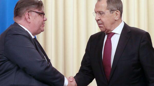 Министр иностранных дел РФ Сергей Лавров и министр иностранных дел Финляндии Тимо Сойни на пресс-конференции по итогам встречи в Москве. 12 февраля 2019