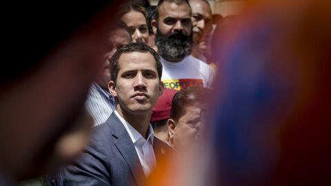 Лидер оппозиции Хуан Гуаидо на митинге в Каракасе. 13 февраля 2019