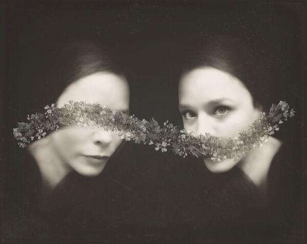 Работа фотографа Ileana Montano, занявшая первое место в категории Self-Portraits в фотоконкурсе Mobile Photography Awards