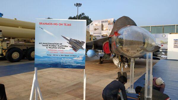 Индия представила прототип ракеты BrahMos воздушного базирования нового поколения на истребителе Tejas