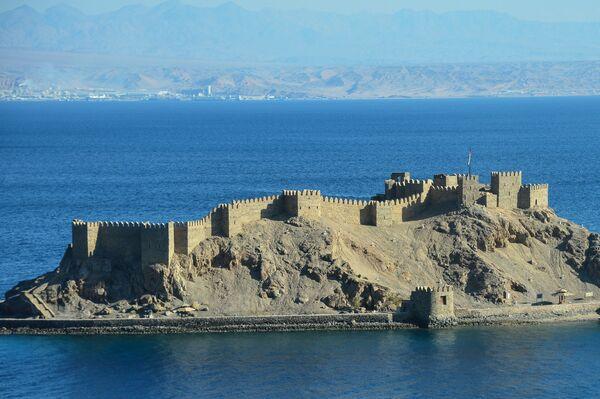 Остров Фараонов, где сохранилась Салах Эль Дина – крепость крестоносцев, построенная в XII веке в городе Табе