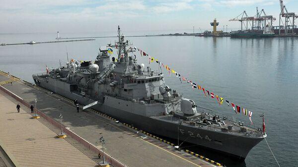 Турецкий фрегат TCG Barbaros в Одессе