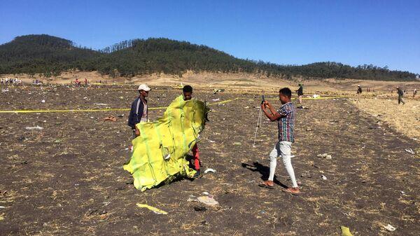 На месте крушения самолета Ethiopian Airlines. 10 марта 2019