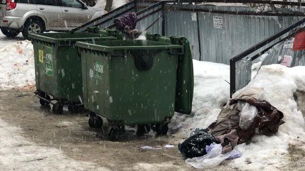 В Рязани мать выбросила новорожденного сына в мусорный контейнер