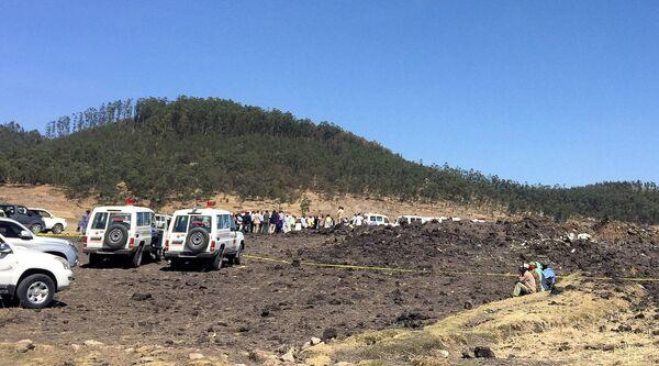 На месте крушения самолета в Эфиопии