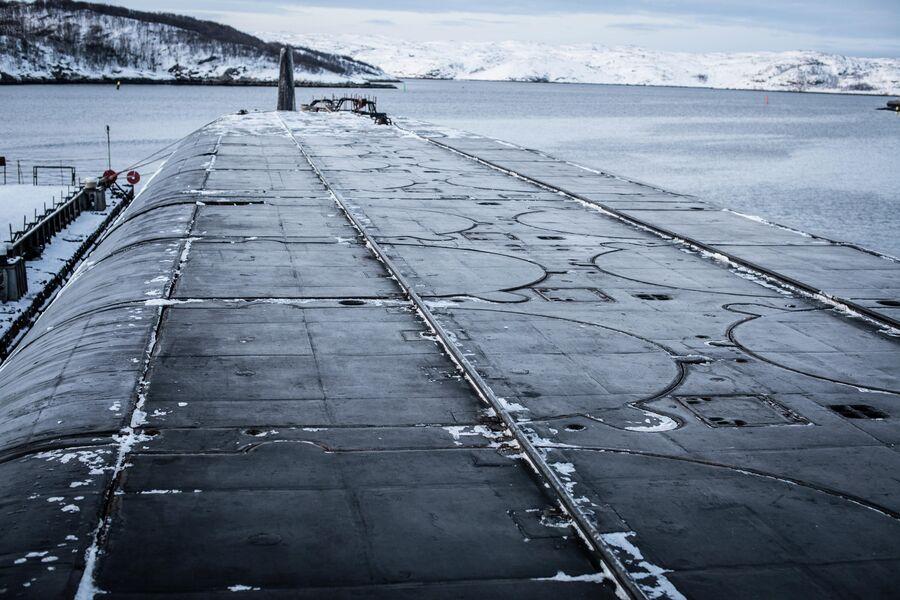 Крышки шахт ракетного отсека подводного крейсера Юрий Долгорукий