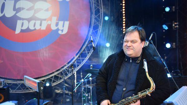 Саксофонист Антон Румянцев выступает на Koktebel Jazz Party фестиваля Крымская весна