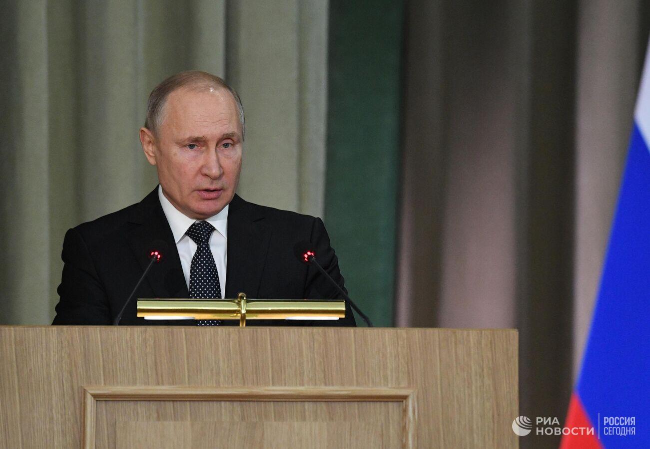 Почему правительство россии создает антинародные законы