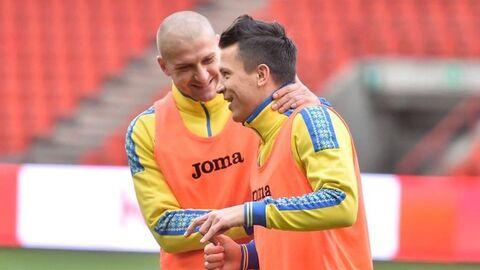 Ярослав Ракицкий и Евгений Коноплянка (справа)
