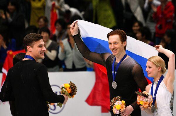 Наталья Забияко/Александр Энберт и Евгения Тарасова/Владимир Морозов (слева направо)