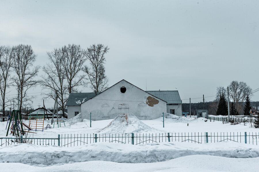 Культурно-досуговый центр в поселке Трещевский