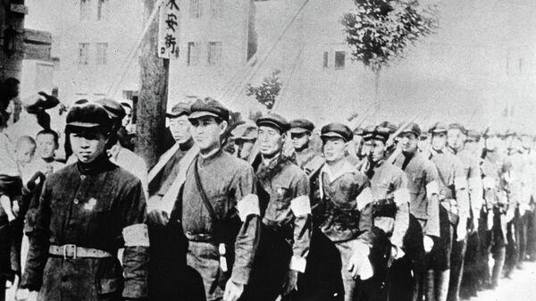 Рабочие и крестьянские вооруженные отряды Китая во время войны с империалистической Японией. 1945 год