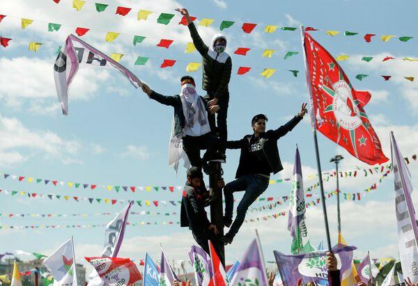 Празднование Навруза в Стамбуле, Турция