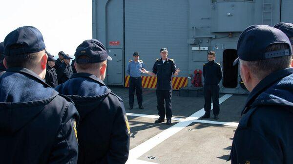 Корабль НАТО, вошедший для учений в Черное море