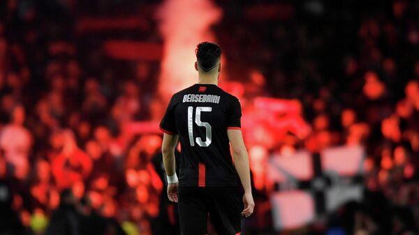 Защитник Ренна Рами Бенсебаини в матче с Арсеналом