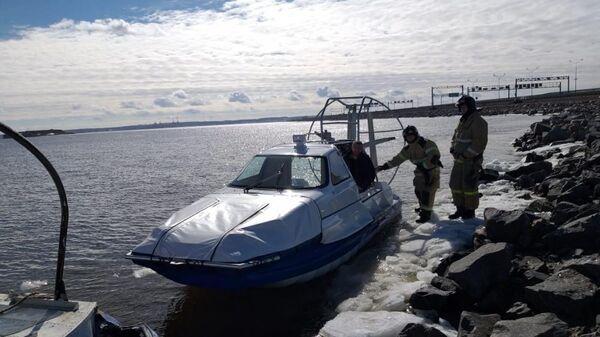 Со льда Финского залива спасены 89 рыбаков. 30 марта 2019