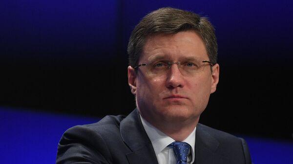 Новак заявил о единой с саудовским министром позиции по сделке ОПЕК+