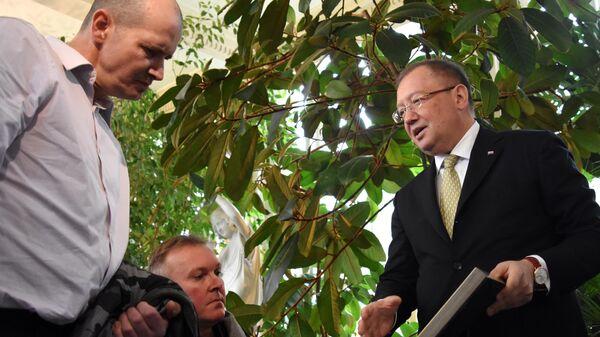 Встреча посла РФ в Великобритании Александр Яковенко с Чарльзом Роули
