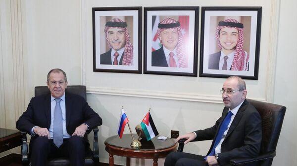 Министр иностранных дел РФ Сергей Лавров и министр иностранных дел Иордании Айман ас-Сафади во время встречи. 7 апреля 2019