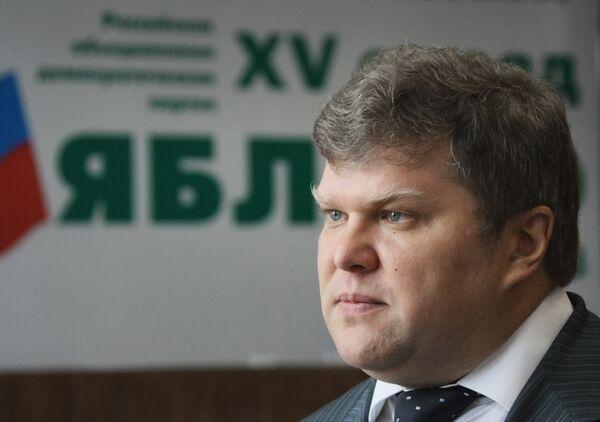 Яблоко вновь попросит пересчитать голоса на выборах в Москве