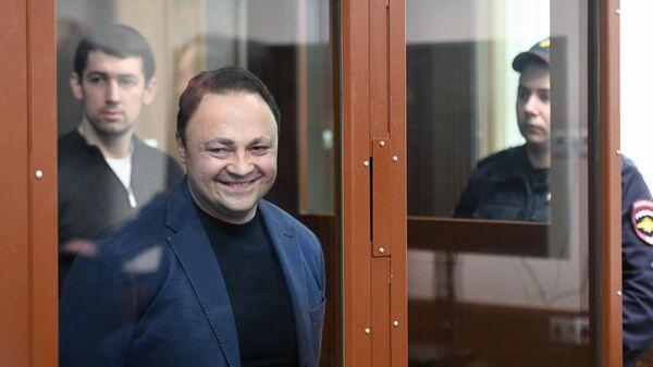 Бывший мэр Владивостока Игорь Пушкарев во время заседания в Тверском суде Москвы. 9 апреля 2019