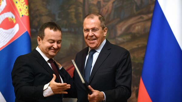 Министр иностранных дел РФ Сергей Лавров и министр иностранных дел Республики Сербии Ивиц Дачич во время встречи в Москве