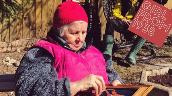 Шедевры мирового искусства помогают пенсионерке бороться с деменцией