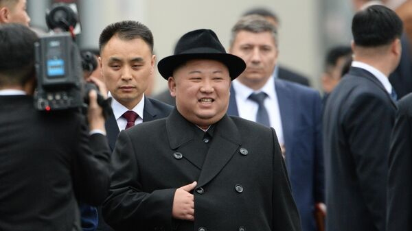 Лидер КНДР Ким Чен Ын на торжественной церемонии встречи во Владивостоке. 24 апреля 2019