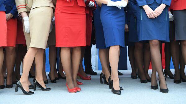 Стюардессы разных авиакомпаний